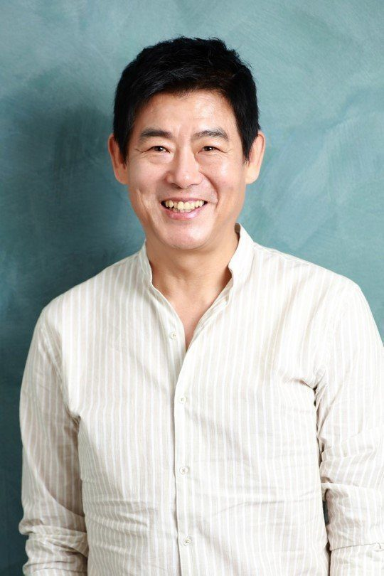 Sung Dong-il Net Worth